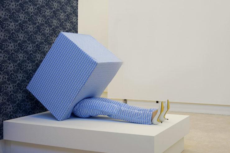 Living in a box - Guda Koster